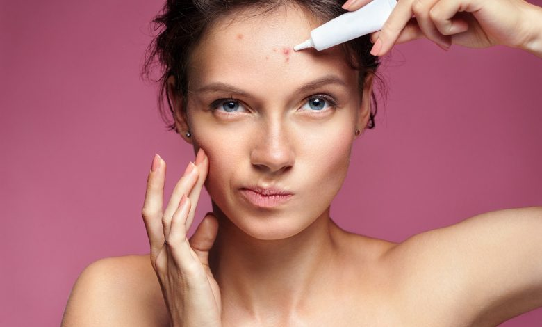 Skin Care Mistakes Worsening Your Acne