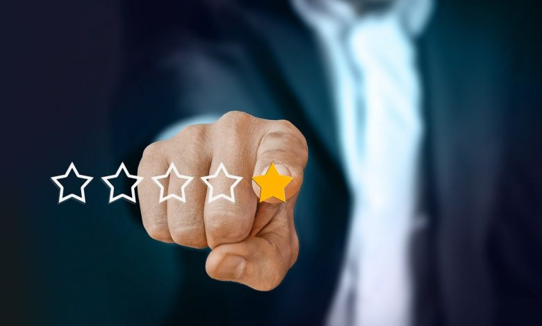 How to spot the fraudulence in reviews and ratings?